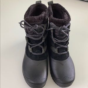 The North Face Winter Snow Faux Fur Boots 7.5
